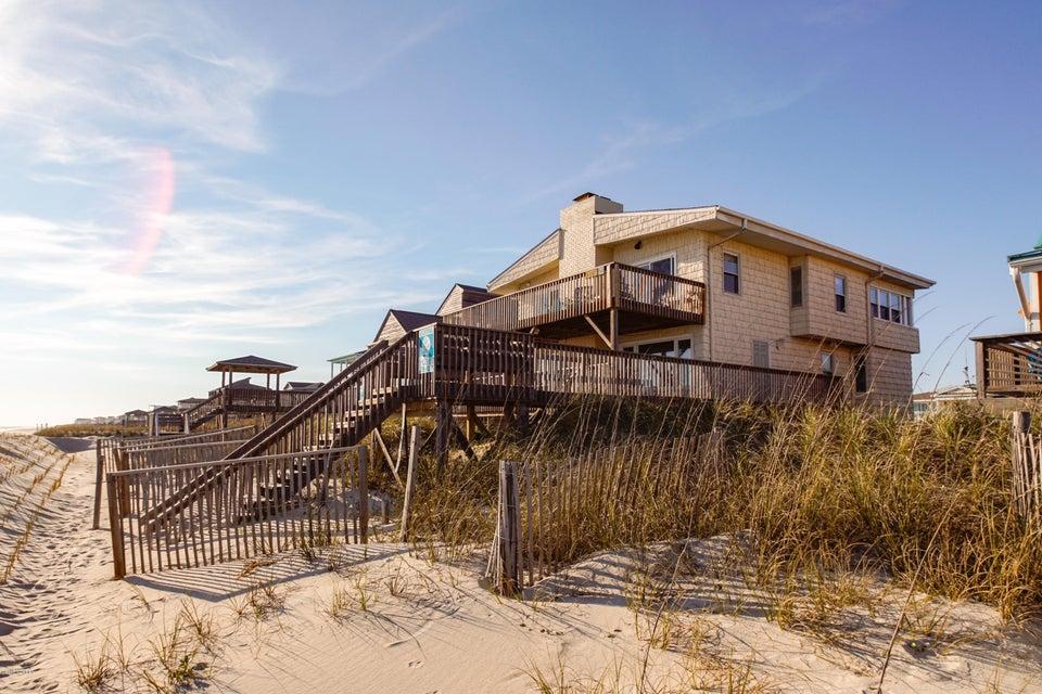5127 W Beach Drive Oak Island, NC 28465