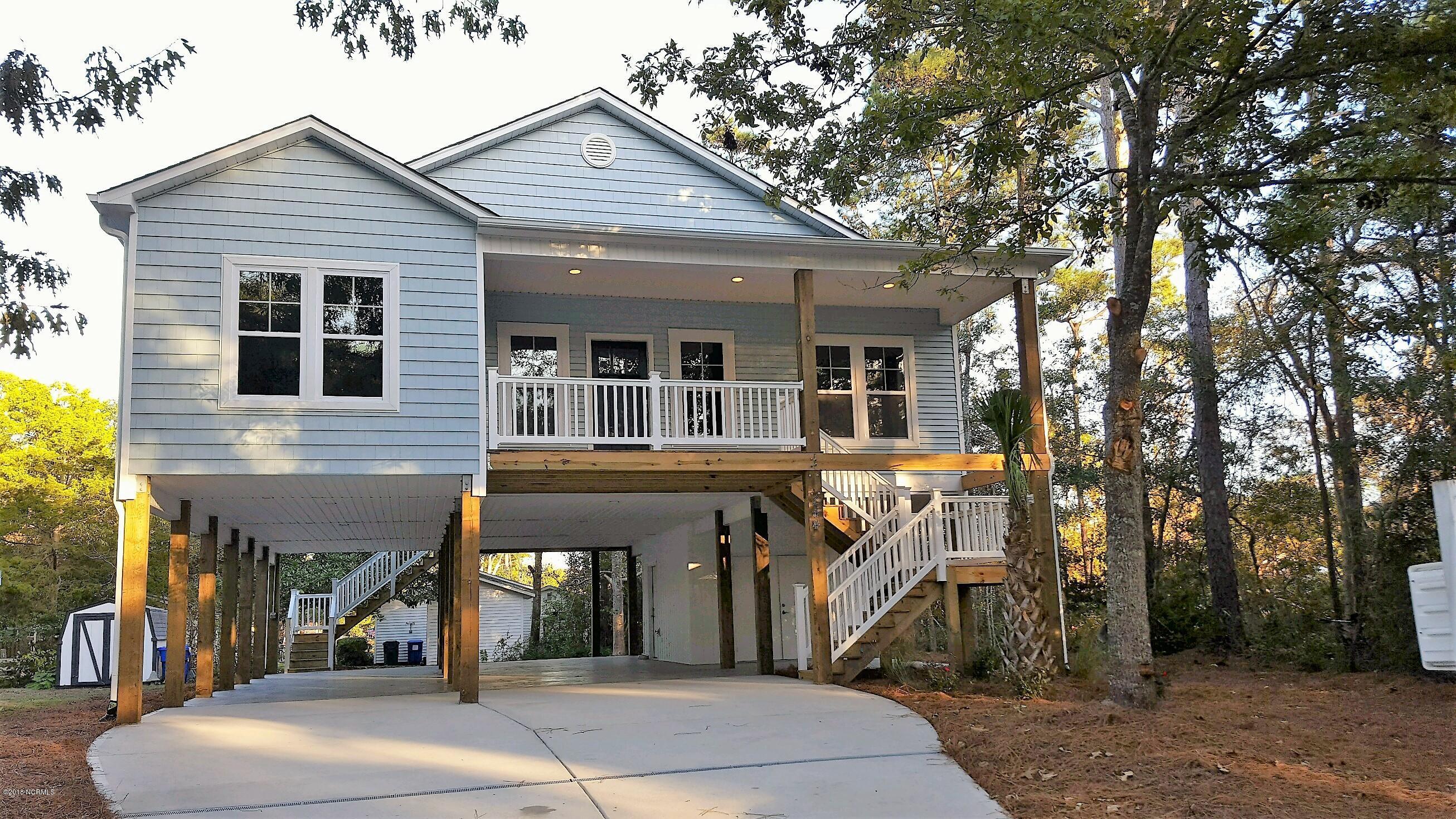 221 NE 35TH Street Oak Island, NC 28465