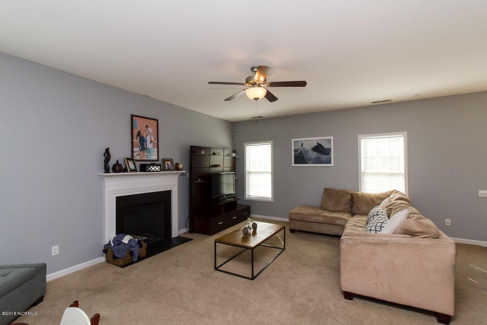 403 Peppermint Drive, Hubert, NC, 28539   MLS #100108526