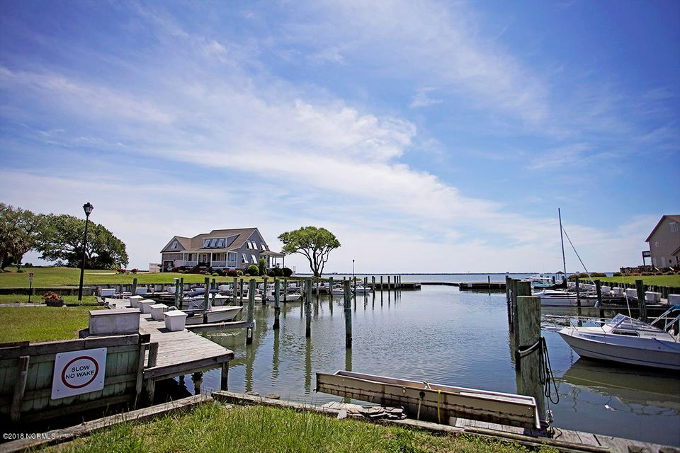 215 Brandywine Place Drive, Morehead City, NC, 28557 | MLS #100109724