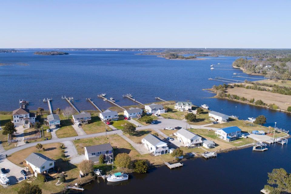 124 Dolphin Bay , Cedar Point, NC, 28584   MLS #100088706