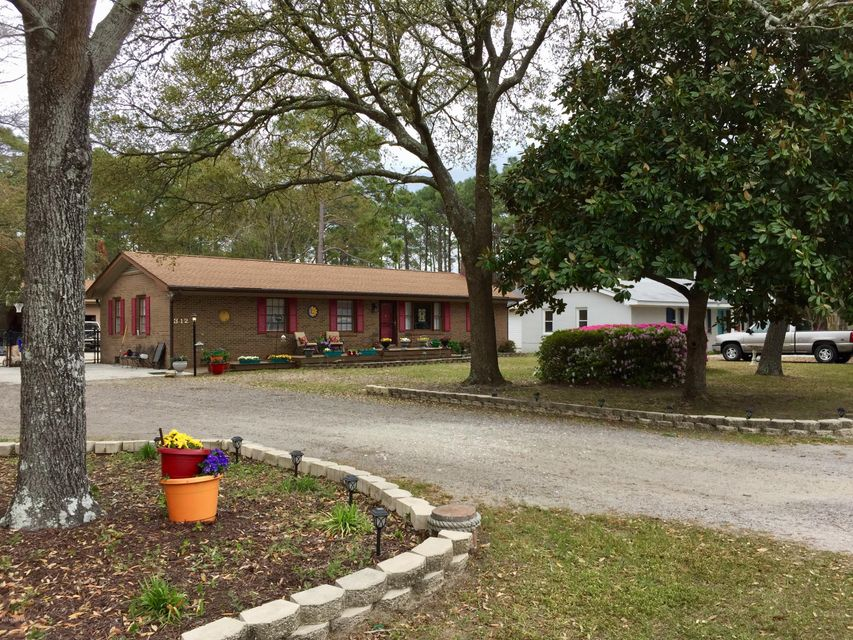 312 N Fodale Avenue Southport, NC 28461