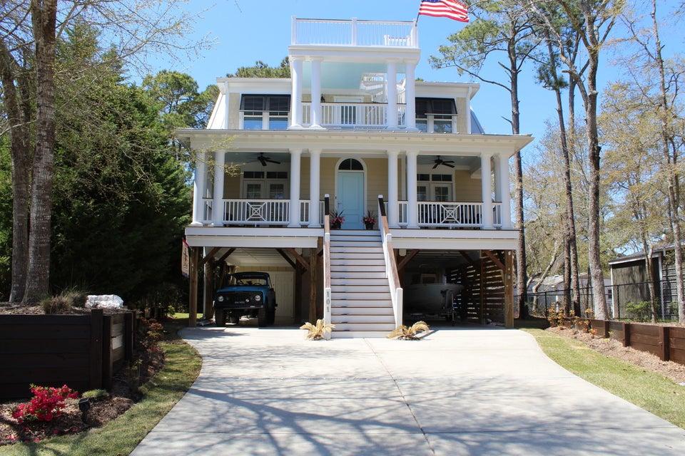 101 SW 26TH Street Oak Island, NC 28465