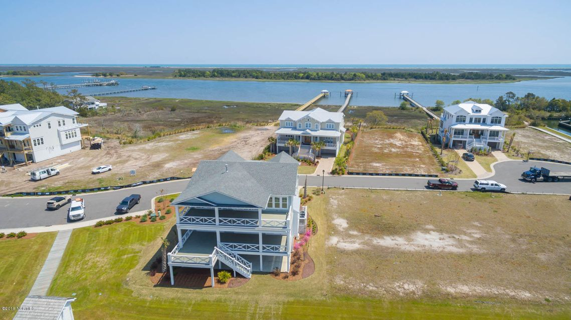 5921 Nautical Isle Court Wilmington, NC 28409