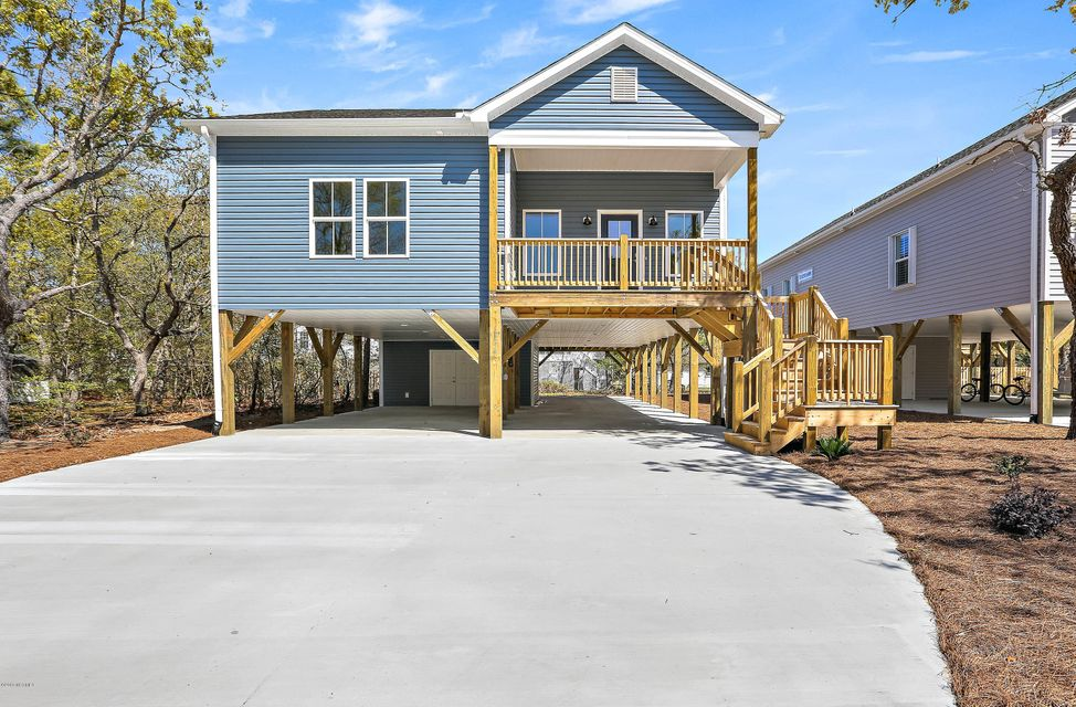 124 NE 7TH Street Oak Island, NC 28465