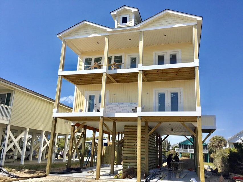 1418 E Beach Drive Oak Island, NC 28465