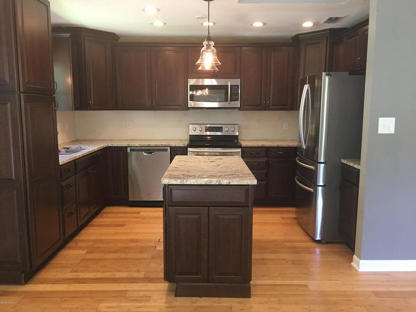102 Lennox Circle, Jacksonville, NC, 28546 | MLS #100115496