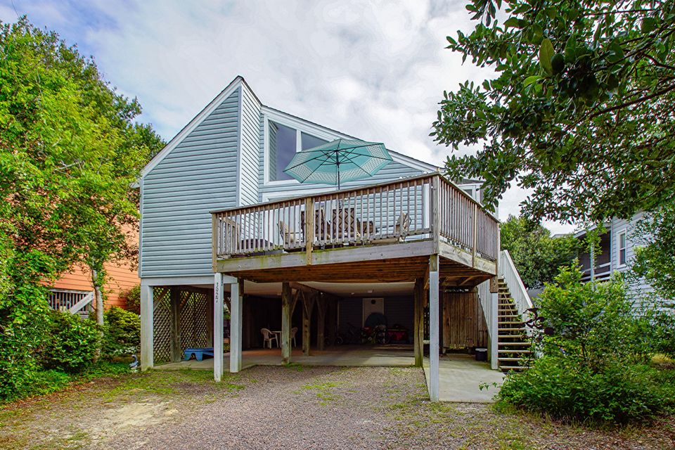 3927 W Dolphin Drive Oak Island, NC 28465