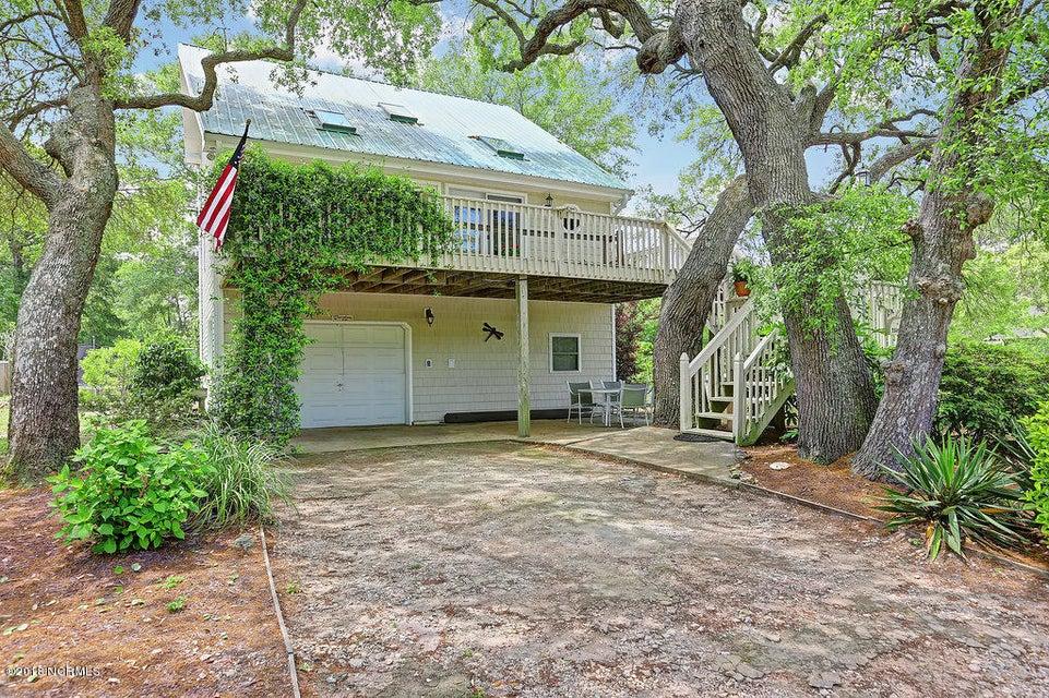 2505 W Oak Island Drive Oak Island, NC 28465