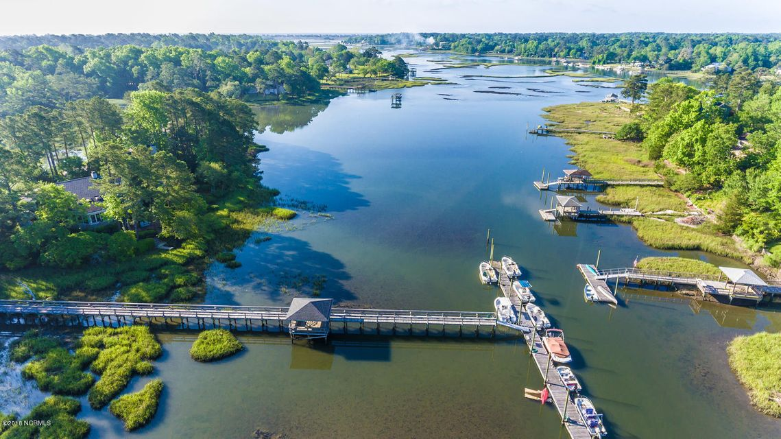 818  Oyster Point Drive Wilmington, NC 28411