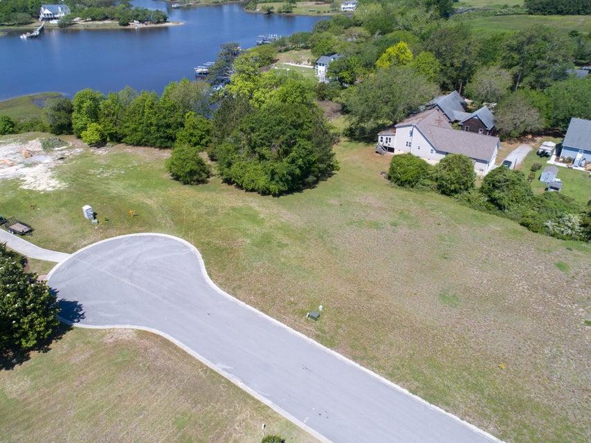 104 Point Drive, Swansboro, NC, 28584 | MLS #100116642