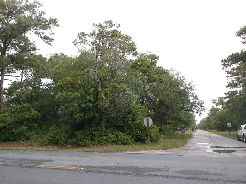 6708 E Oak Island Drive Oak Island, NC 28465