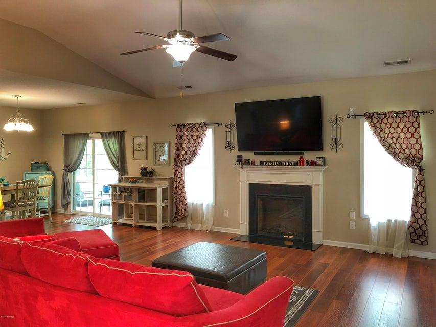 305 Oak Ridge Court, Swansboro, NC, 28584 | MLS #100117231