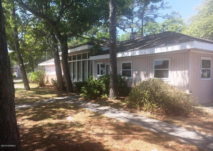 208 E Oak Island Drive #e Oak Island, NC 28465