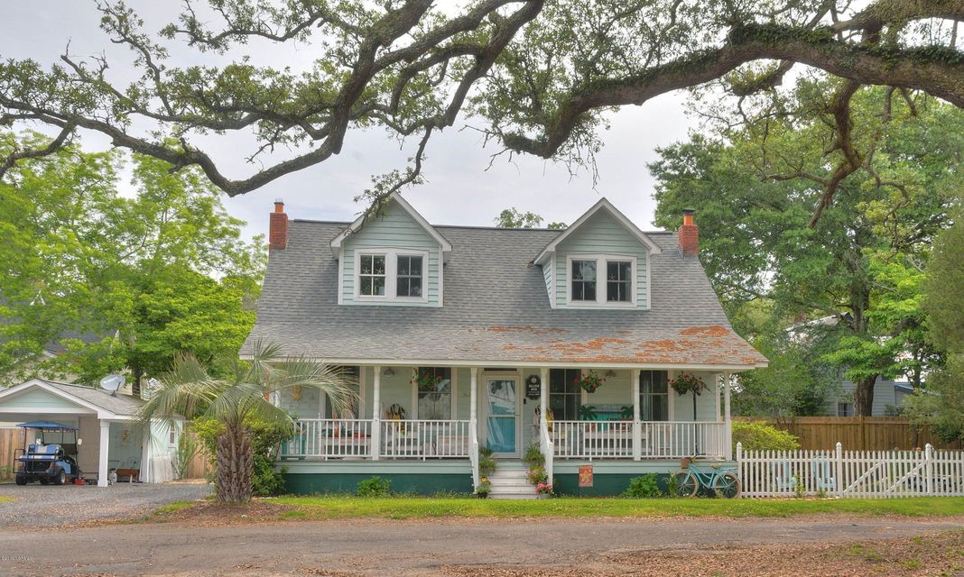 308 N Dry Street Southport, NC 28461