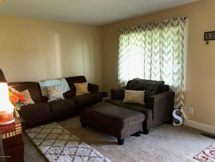 407 Maplehurst Drive, Jacksonville, NC, 28540 | MLS #100118427
