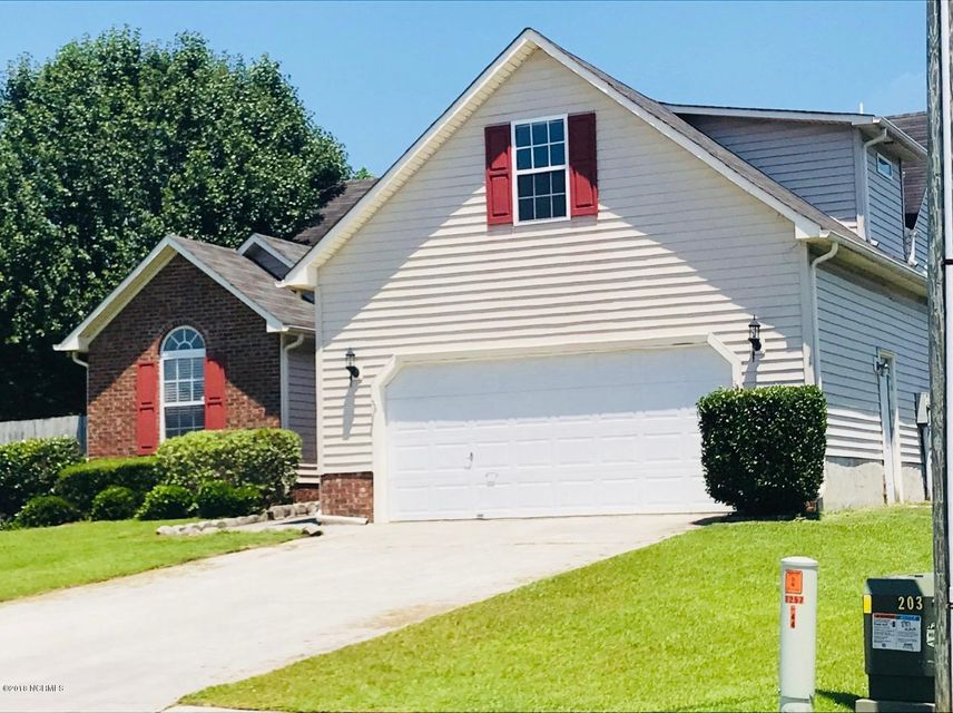 106 Ridgewood Court, Jacksonville, NC, 28546 | MLS #100119899