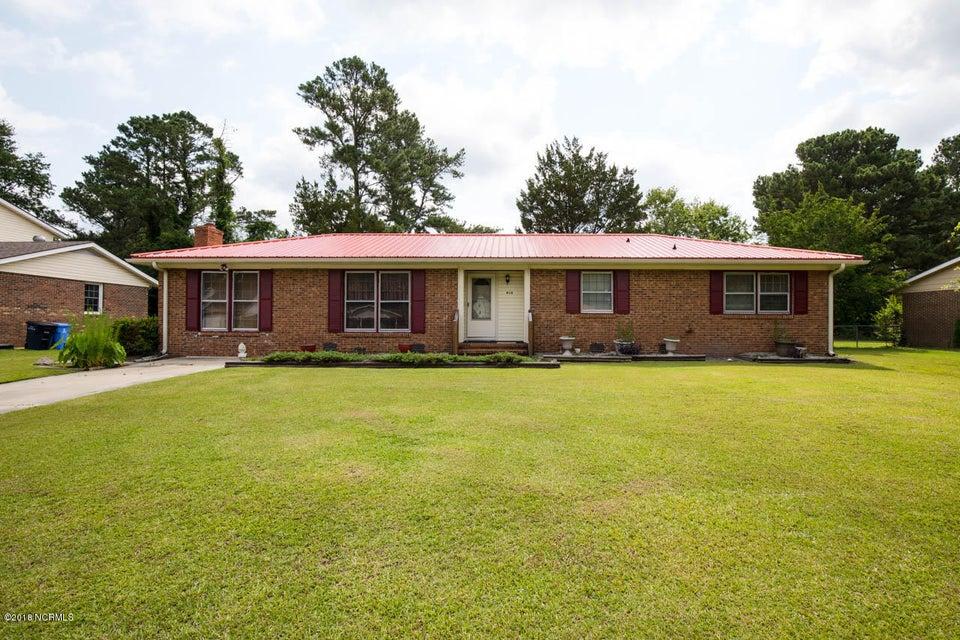 810 Oakwood Avenue, Jacksonville, NC, 28546 | MLS #100051710