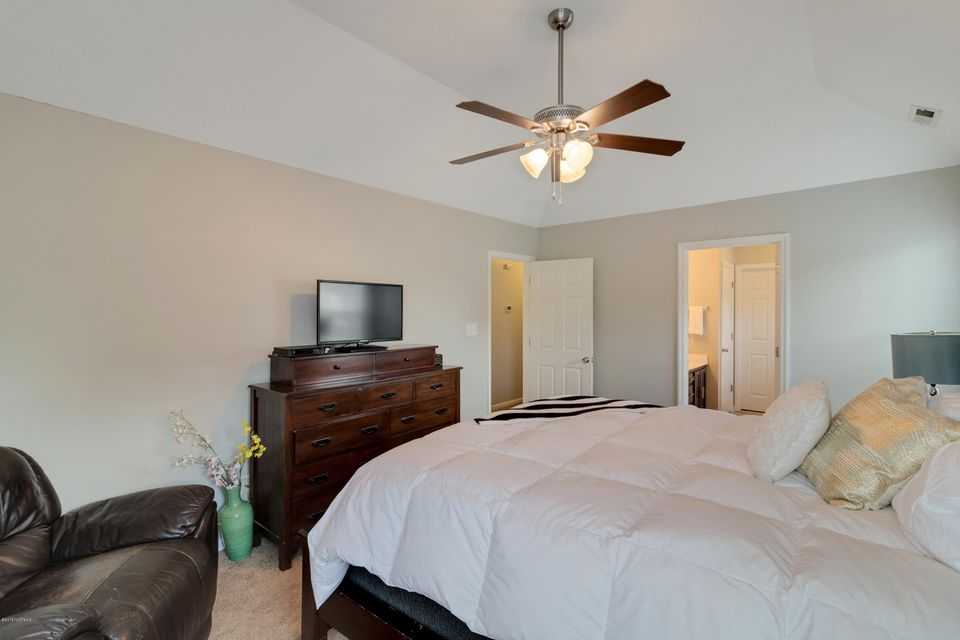 306 Hyatt Circle, Jacksonville, NC, 28546   MLS #100120435