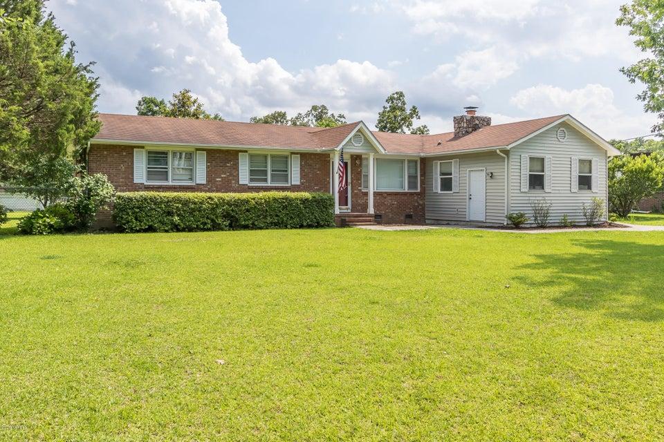 102 Canterbury Lane, Jacksonville, NC, 28546   MLS #100120566