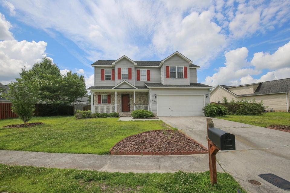203 Edgefield Drive, Jacksonville, NC, 28546   MLS #100121238