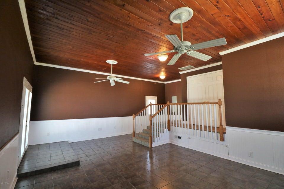 400 Carmen Avenue, Jacksonville, NC, 28540   MLS #100122374