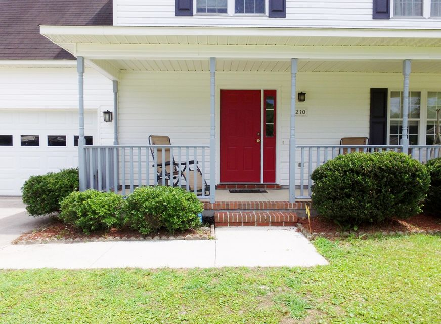 210 Winterberry Court, Jacksonville, NC, 28540 | MLS #100121970