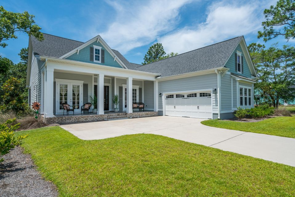 2271 St James Drive Southport, NC 28461