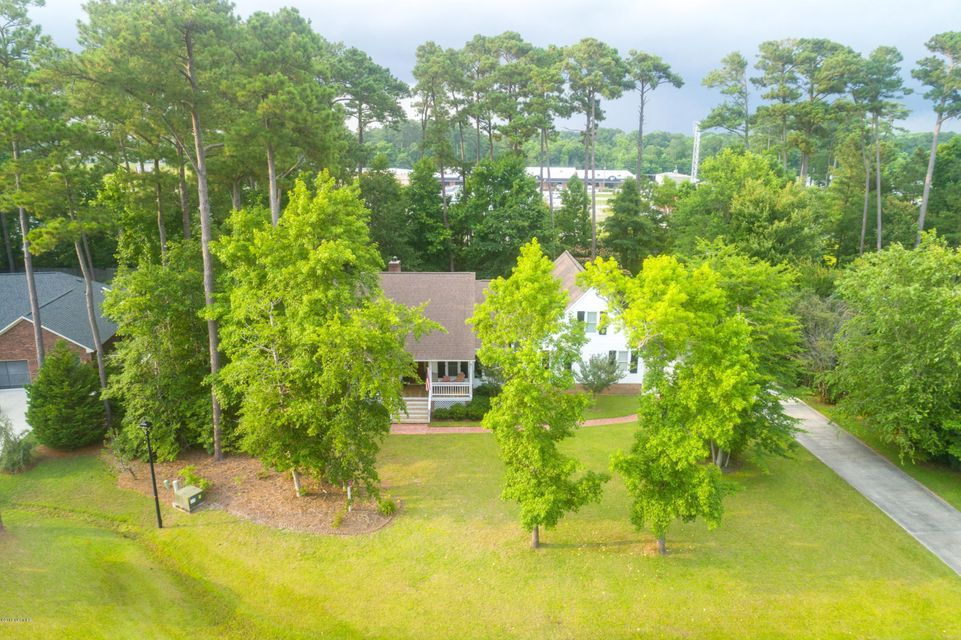 803 Broadmoor Court, Morehead City, NC, 28557 | MLS #100122797