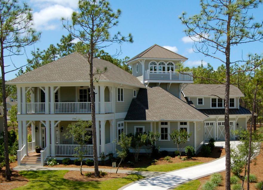 2740 Oak Forest Drive Southport, NC 28461