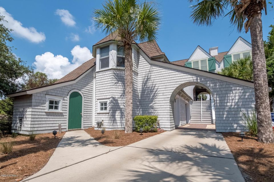 35 Cape Fear Trail Bald Head Island, NC 28461
