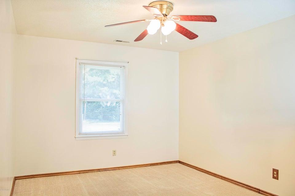 820 Shadowridge Road, Jacksonville, NC, 28546 | MLS #100124316