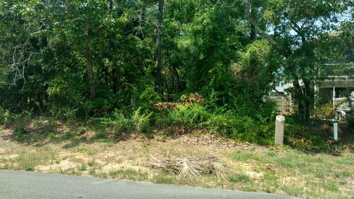 153 NE 31st Street, Oak Island, NC