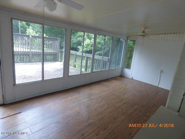 704 Vernon Drive, Jacksonville, NC, 28540 | MLS #100125800
