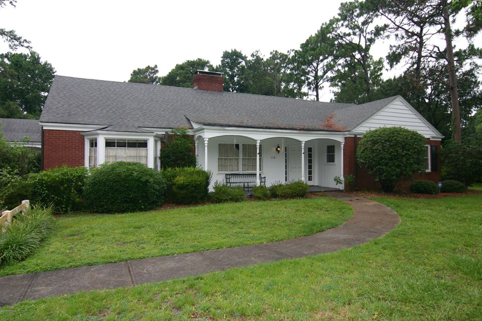 1130 Forest Hills Drive Wilmington, NC 28403