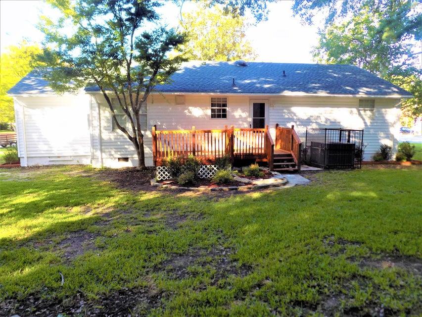 700 Henderson Drive, Jacksonville, NC, 28540   MLS #100127143