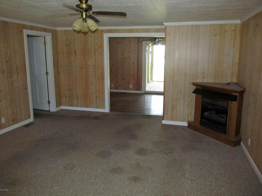 2320 Crab Point Loop Road, Morehead City, NC, 28557   MLS #100126368