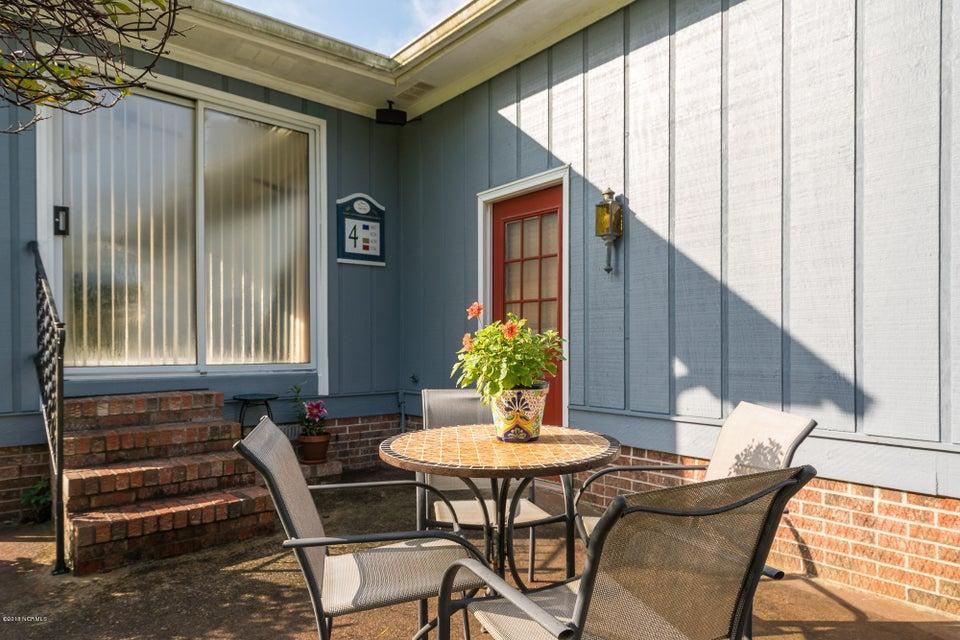 107 Quail Neck Court, Cape Carteret, NC, 28584 | MLS #100127852