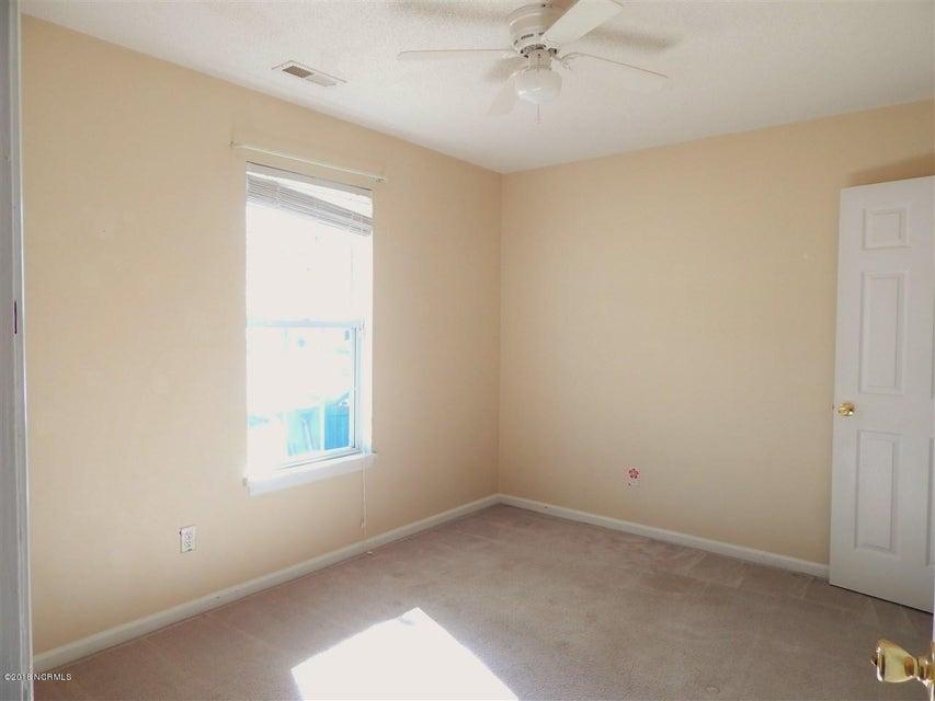 302 Paddock Place, Jacksonville, NC, 28546 | MLS #100129704