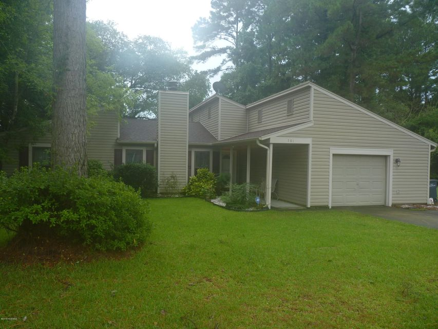 701 Shadowridge Road, Jacksonville, NC, 28546 | MLS #100127542