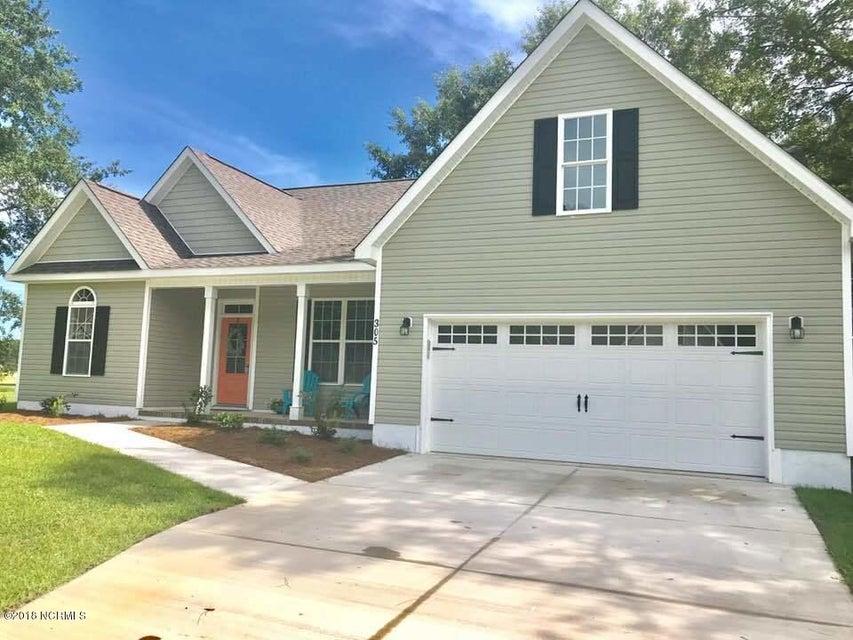 305 Coldwater Drive, Swansboro, NC, 28584   MLS #100120274
