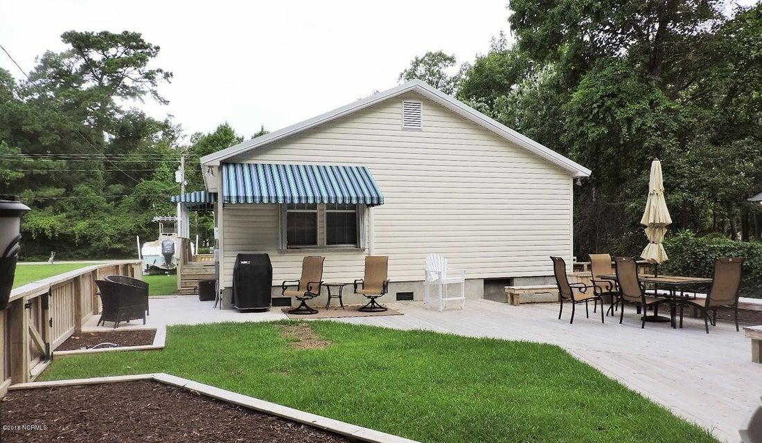 115 Bayshore Drive, Cape Carteret, NC, 28584 | MLS #100128475