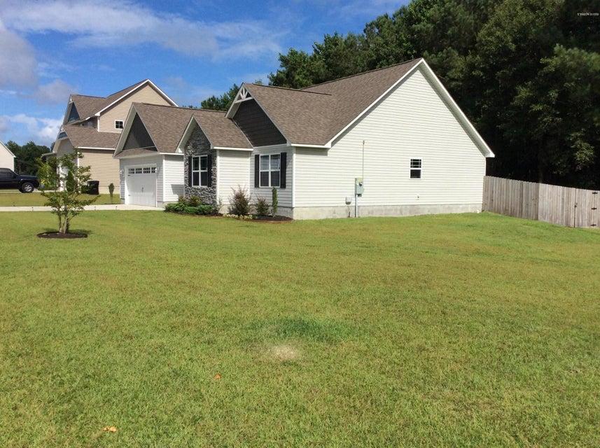 205 Russell Farm Drive, Hubert, NC, 28539 | MLS #100128548
