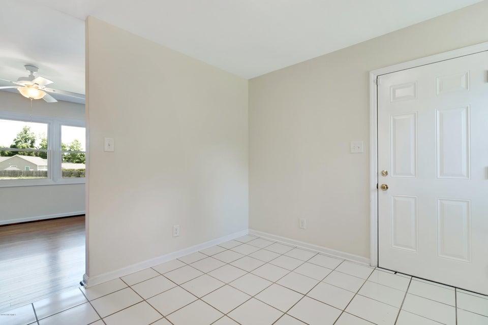 104 Berkshire Drive, Jacksonville, NC, 28546 | MLS #100128950