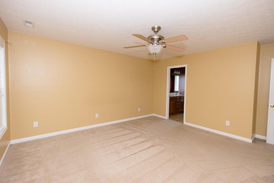 111 New Castle Drive, Jacksonville, NC, 28540 | MLS #100128917