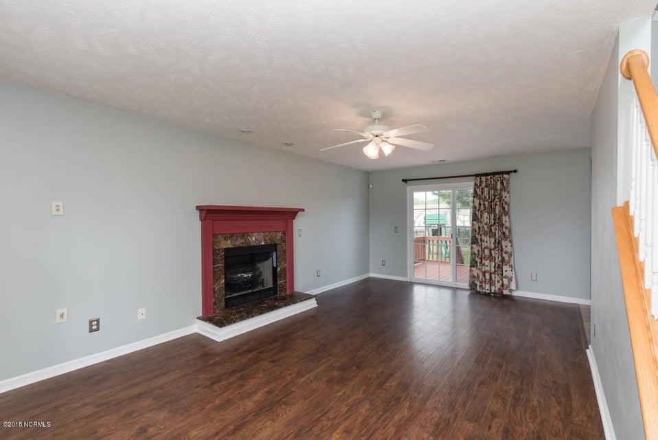 220 Rutherford Way, Jacksonville, NC, 28540 | MLS #100129330