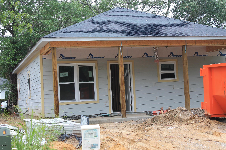 110 NE 36TH Street Oak Island, NC 28465