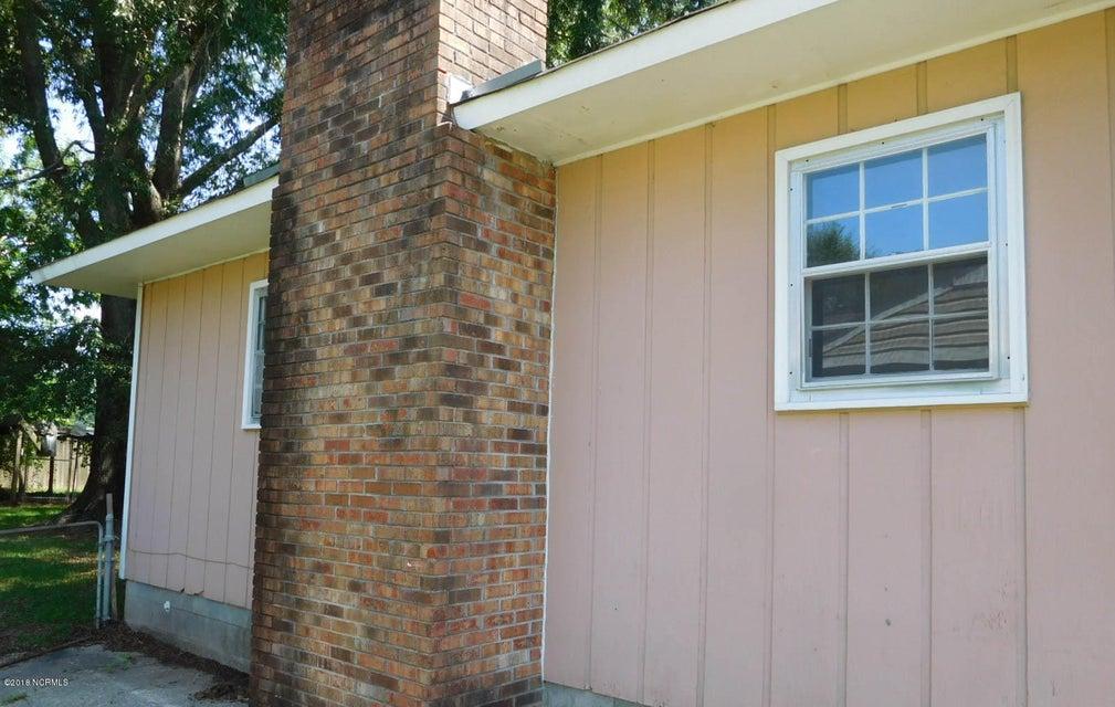 911 Barn Street, Jacksonville, NC, 28540   MLS #100129858