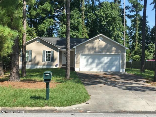 91 University Drive, Jacksonville, NC, 28546   MLS #100106279