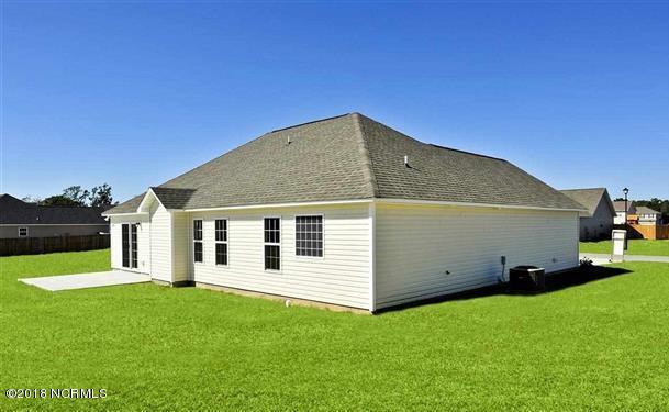 321 Aquamarine Circle, Jacksonville, NC, 28546 | MLS #100130495